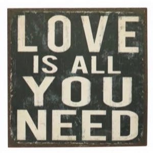 Magnet 7x7cm Love Is All You Need